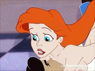 Ariel La sirenita Desnuda y Teniendo Sexo